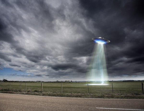 В Приморском крае россиян напугало светящееся НЛО