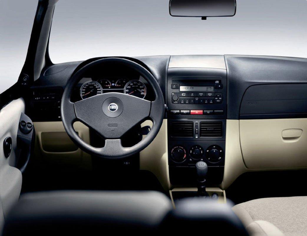 15:32 Названы три самых экономичных автомобиля для новичков