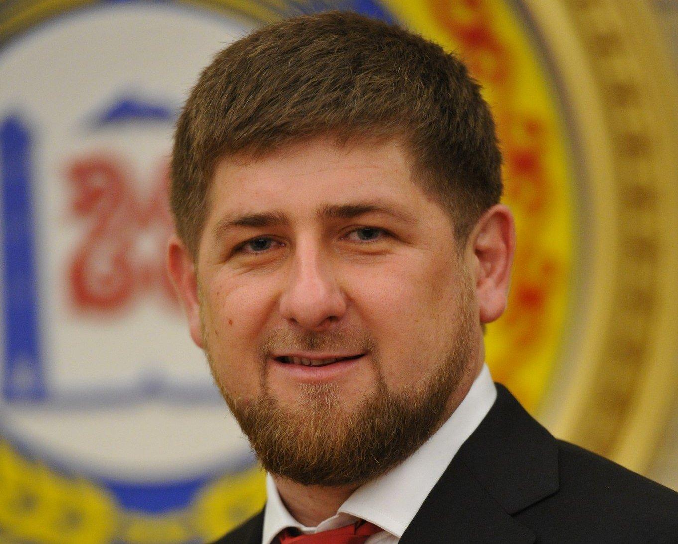 Кадыров ответил Слепакову напесню офутболистах стихами