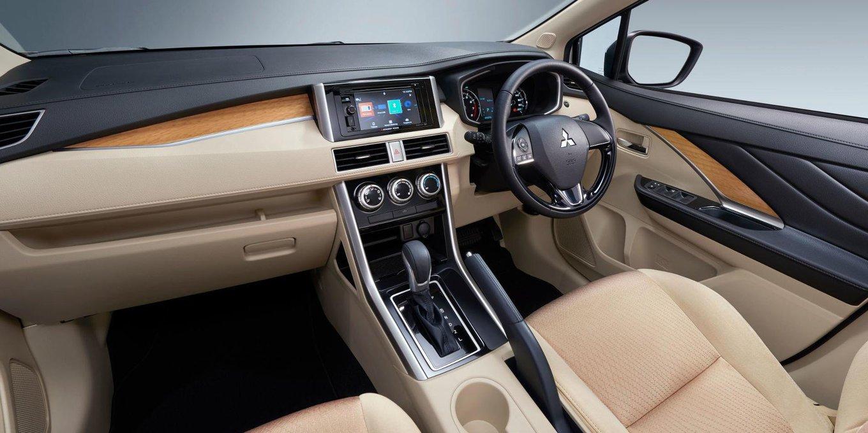 Mitsubishi выпустит бюджетную версию внедорожного минивэна Xpander