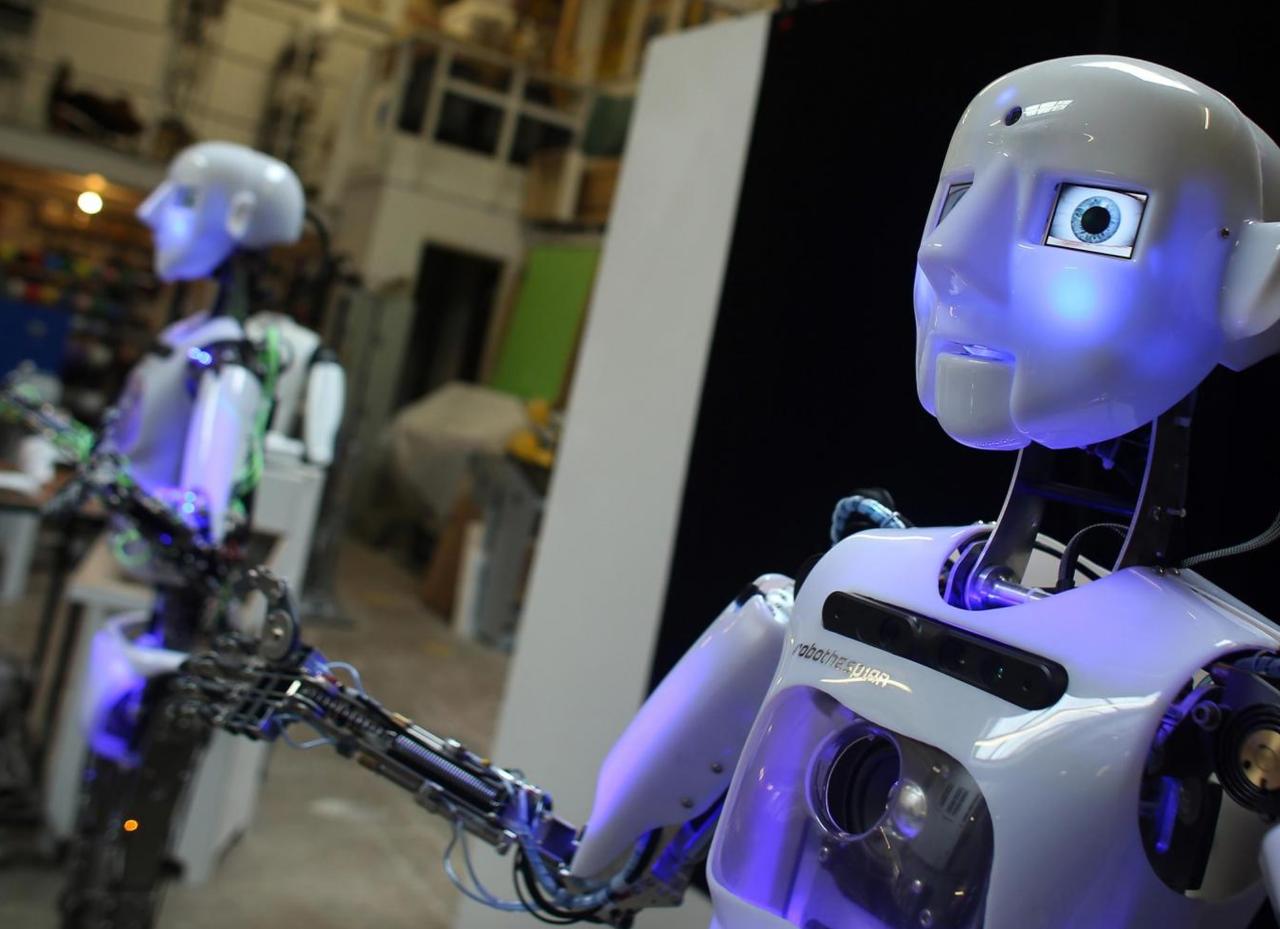 человекоподобные роботы картинки квартиру подай объявление