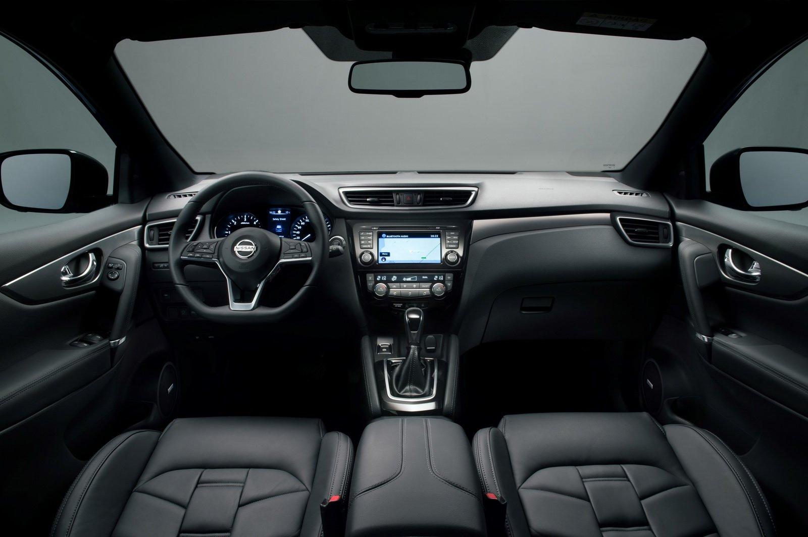 Nissan Qashqai вначале лета стал наиболее популярным «Ниссаном» в Российской Федерации