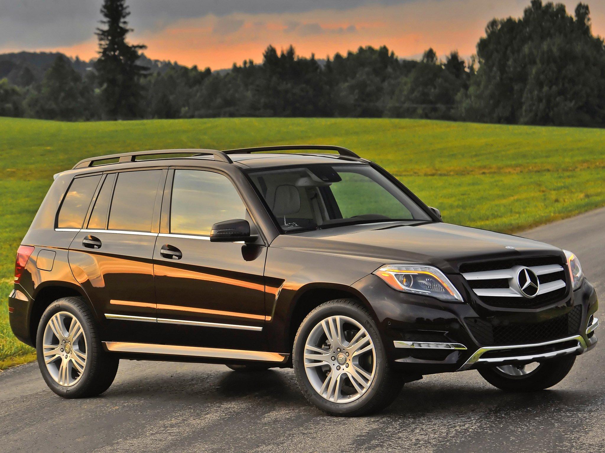 Автомобили Mercedes-Benz GLC подорожали в РФ на 30-130 тыс. рублей