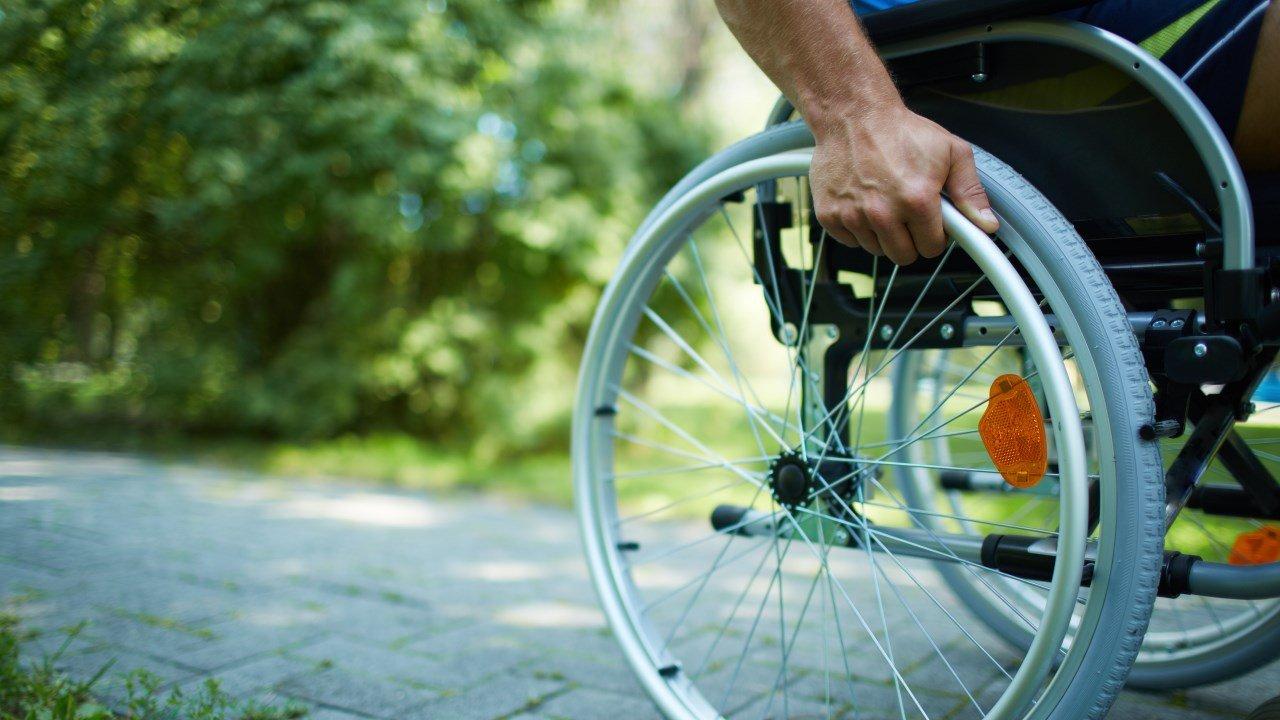 Необыкновенный турист доехал изСанкт-Петербурга воВладивосток наинвалидной коляске