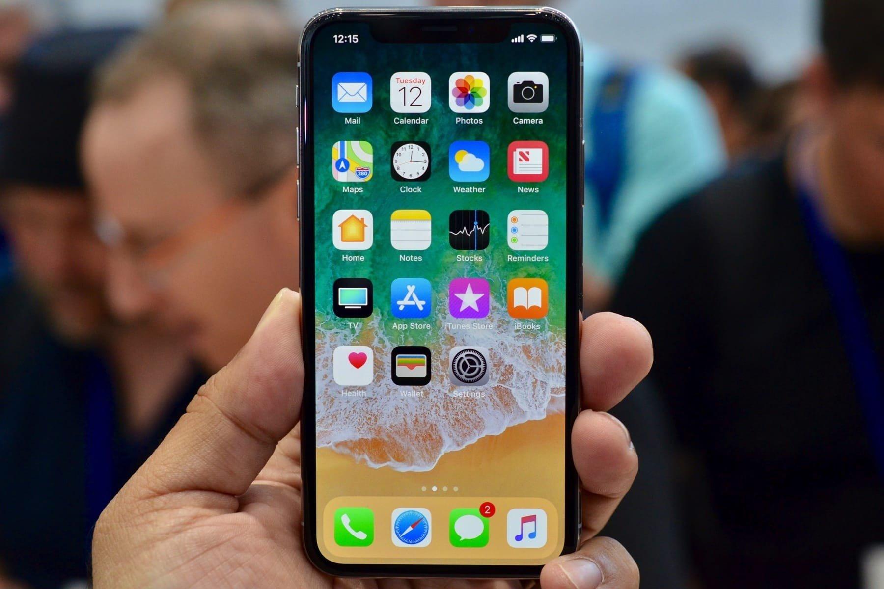 Эксперты рассказали об отличиях оригинального iPhone X от подделки
