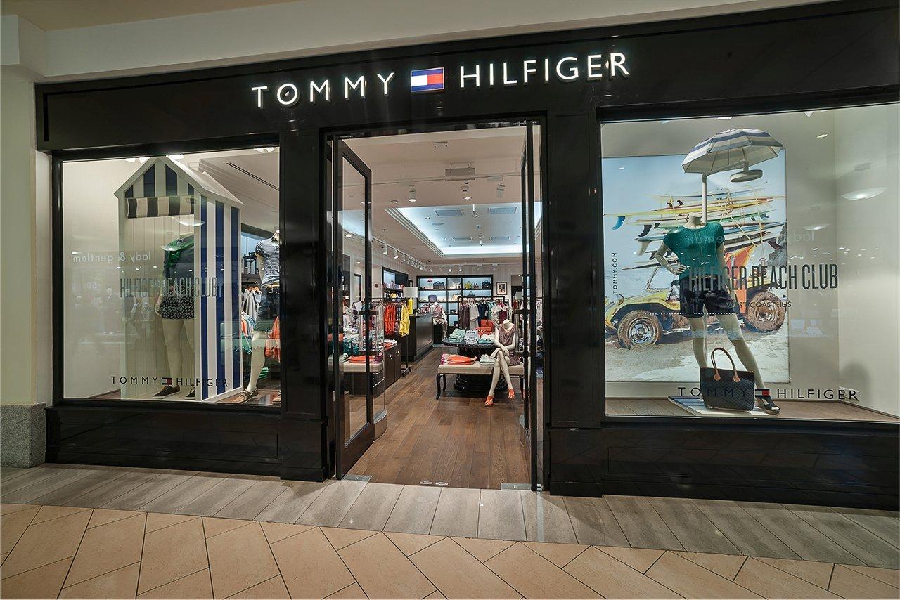 Tommy Hilfiger выпускает линейку смарт-одежды счипами
