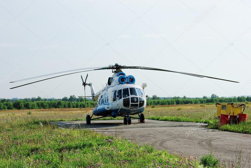 НаКубани потерпел крушение вертолет Ми-2