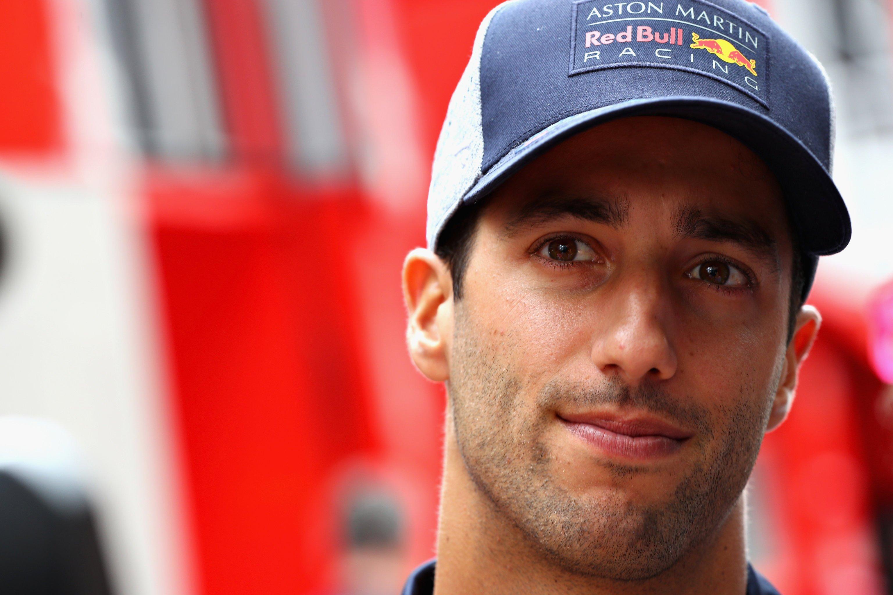 Австралийский гонщик Риккардо покинет «Ред Булл» поокончании сезона
