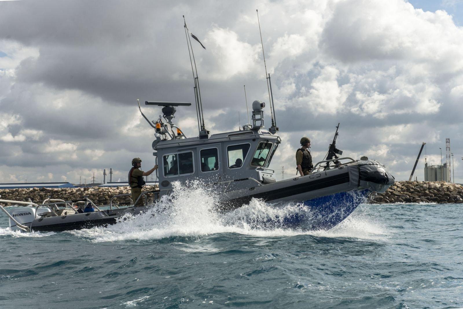 Израиль перехватил упобережья сектора Газа судно сактивистами