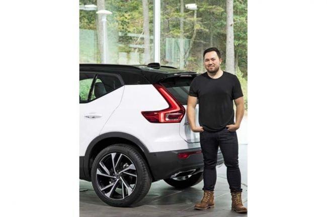 Компания Tesla наняла прежнего дизайнера Volvo