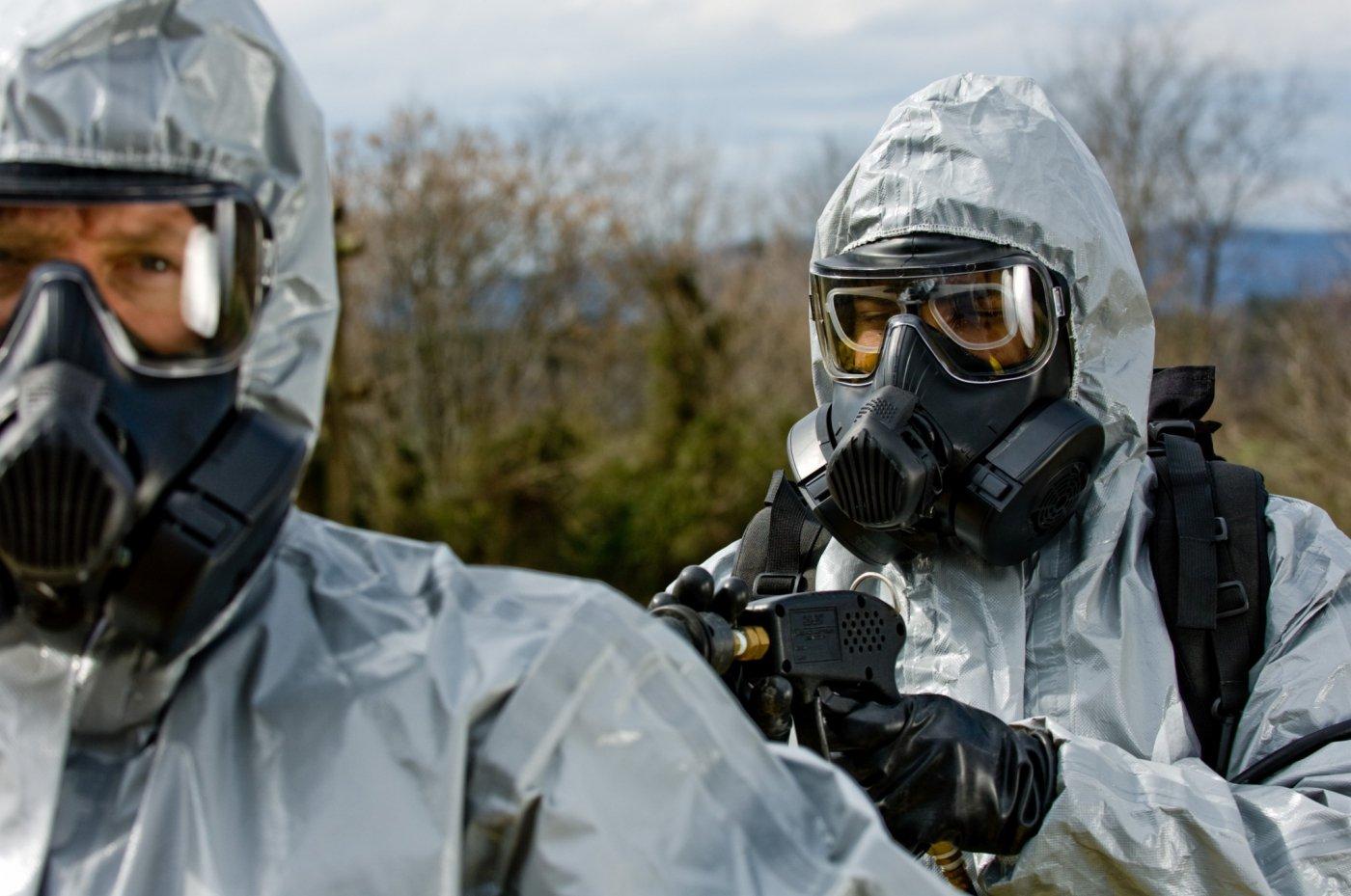 США испытывают в Прибалтике биологическое оружие