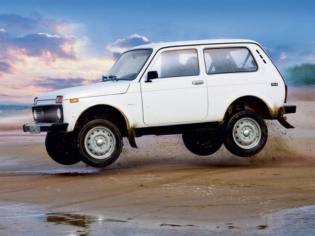 Первым автомобилем граждан России чаще всего становится отечественная Лада