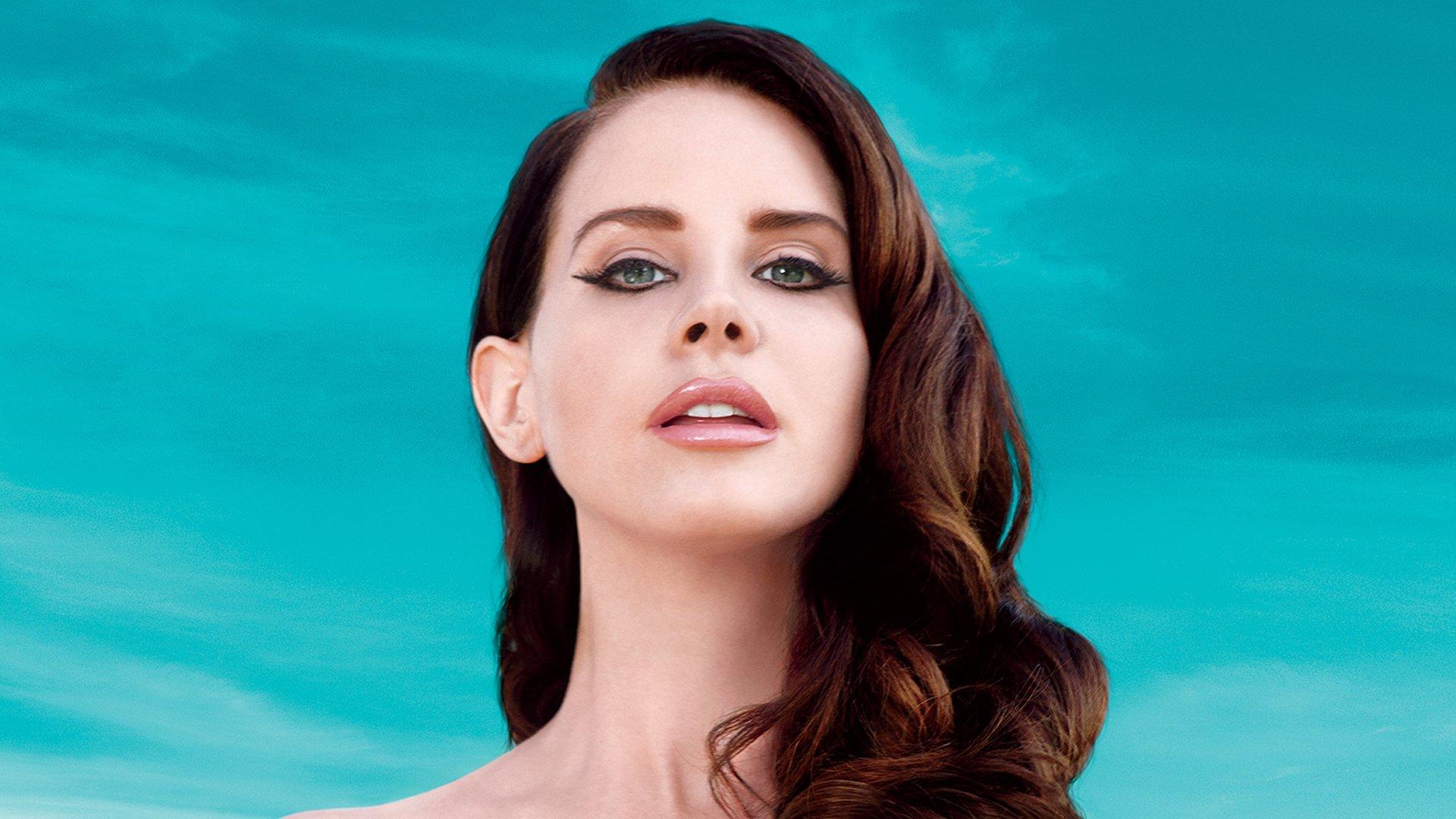 Lana Del Rey Nude Photos 90