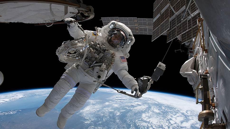 Американский астронавт отреагировал наверсию осверлении дыры в«Союзе»