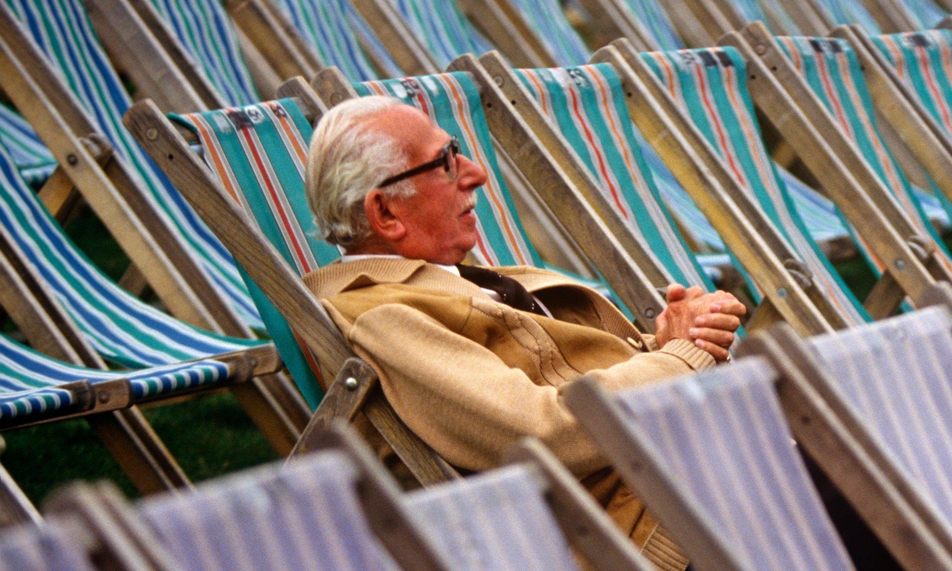 Государственная дума одобрила закон онаказании заувольнение возрастных служащих