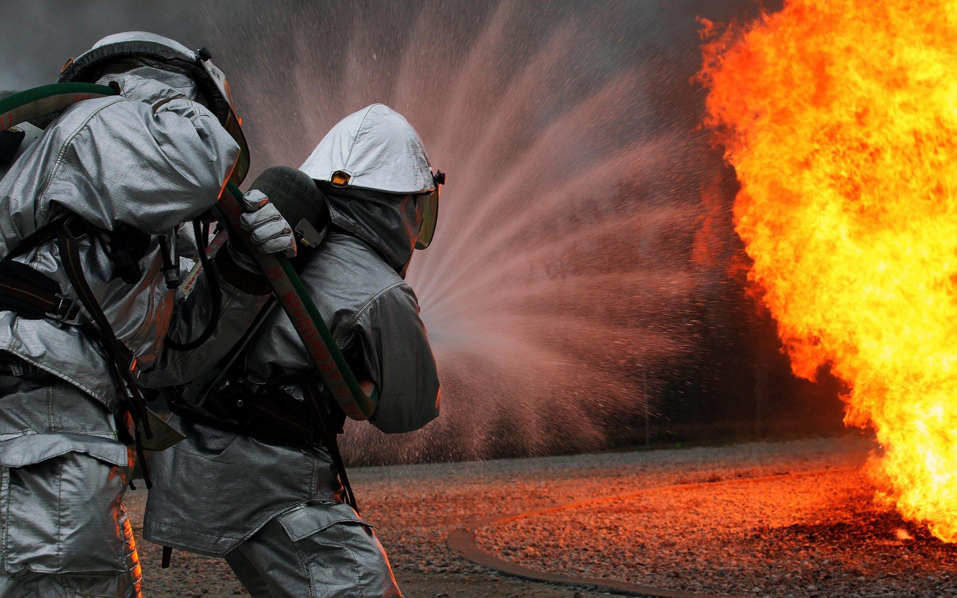Для, прикольные картинки с пожарными на рабочий стол