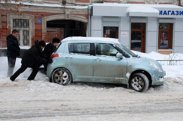Эксперты рассказали, как завести автомобиль зимой