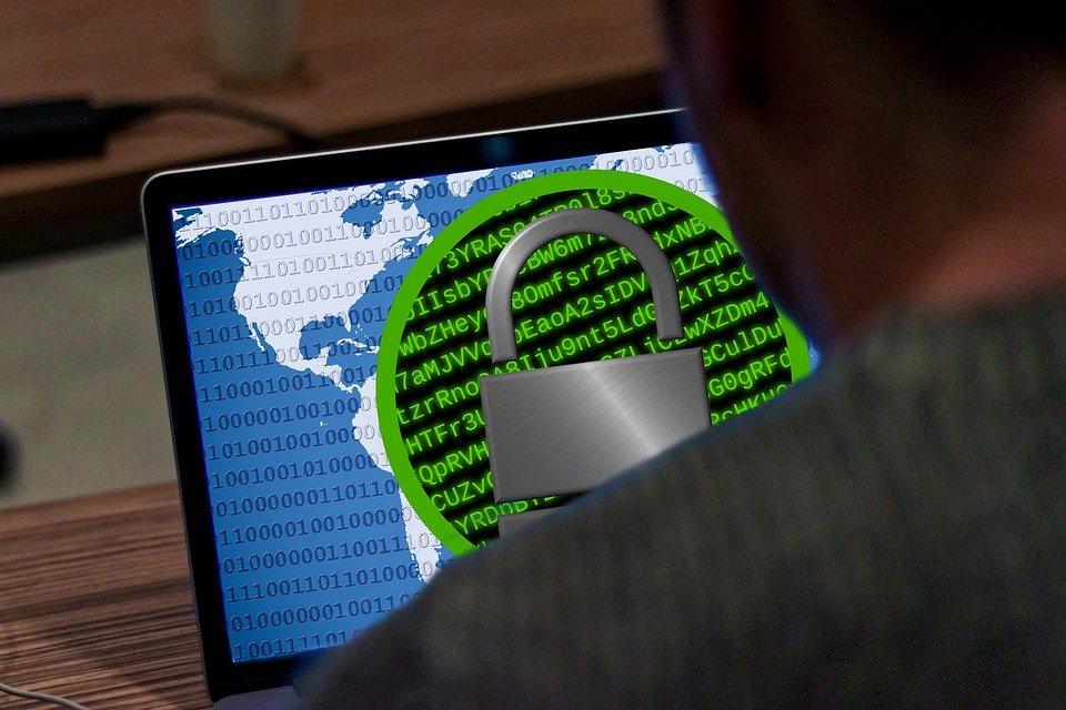 Зафиксирована мощная вирусная атака WannaCry