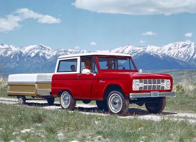 НаАляске обнаружили коллекцию традиционных Форд Bronco