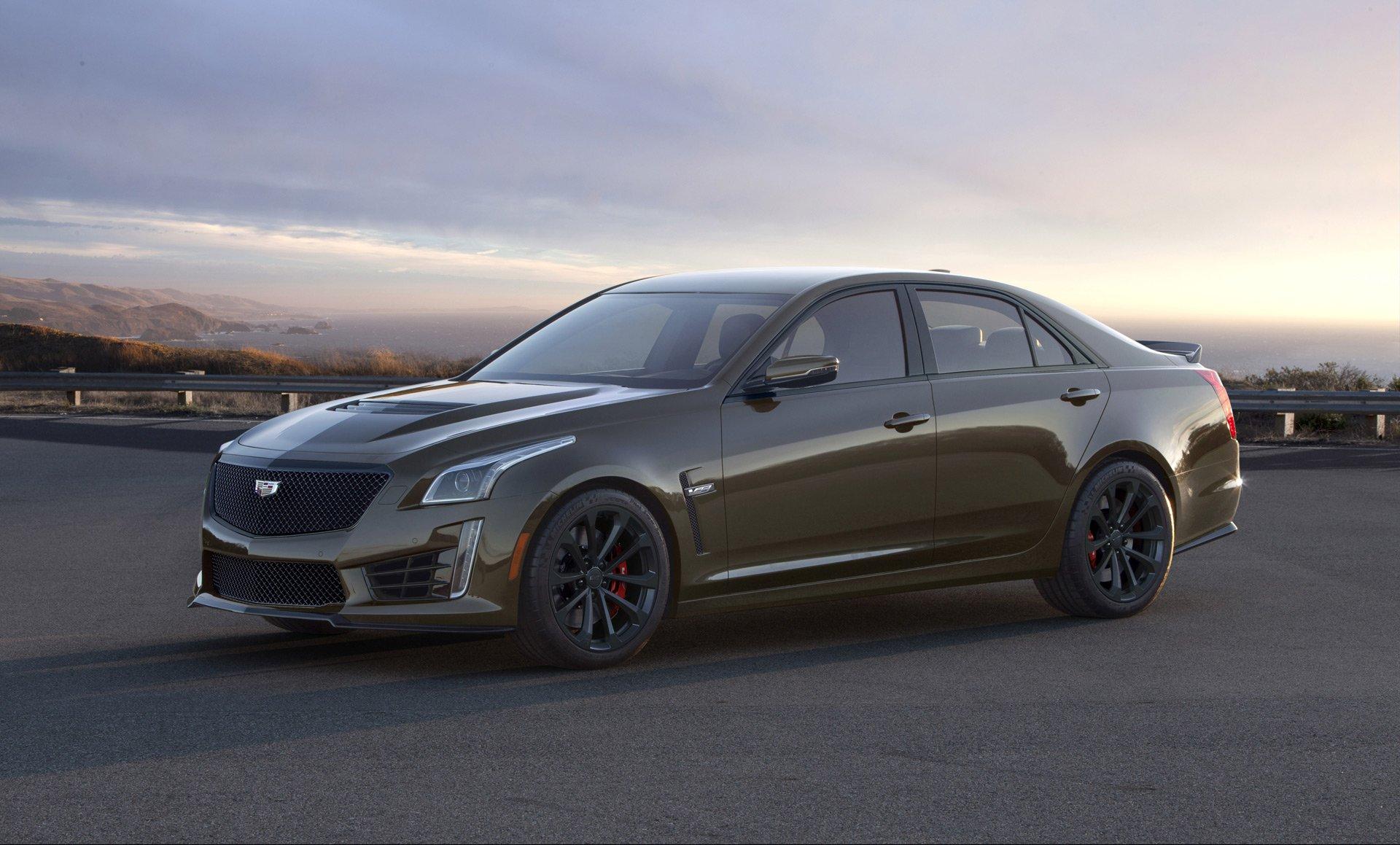 Компания дженерал моторс представила новый седан кадилак CT5