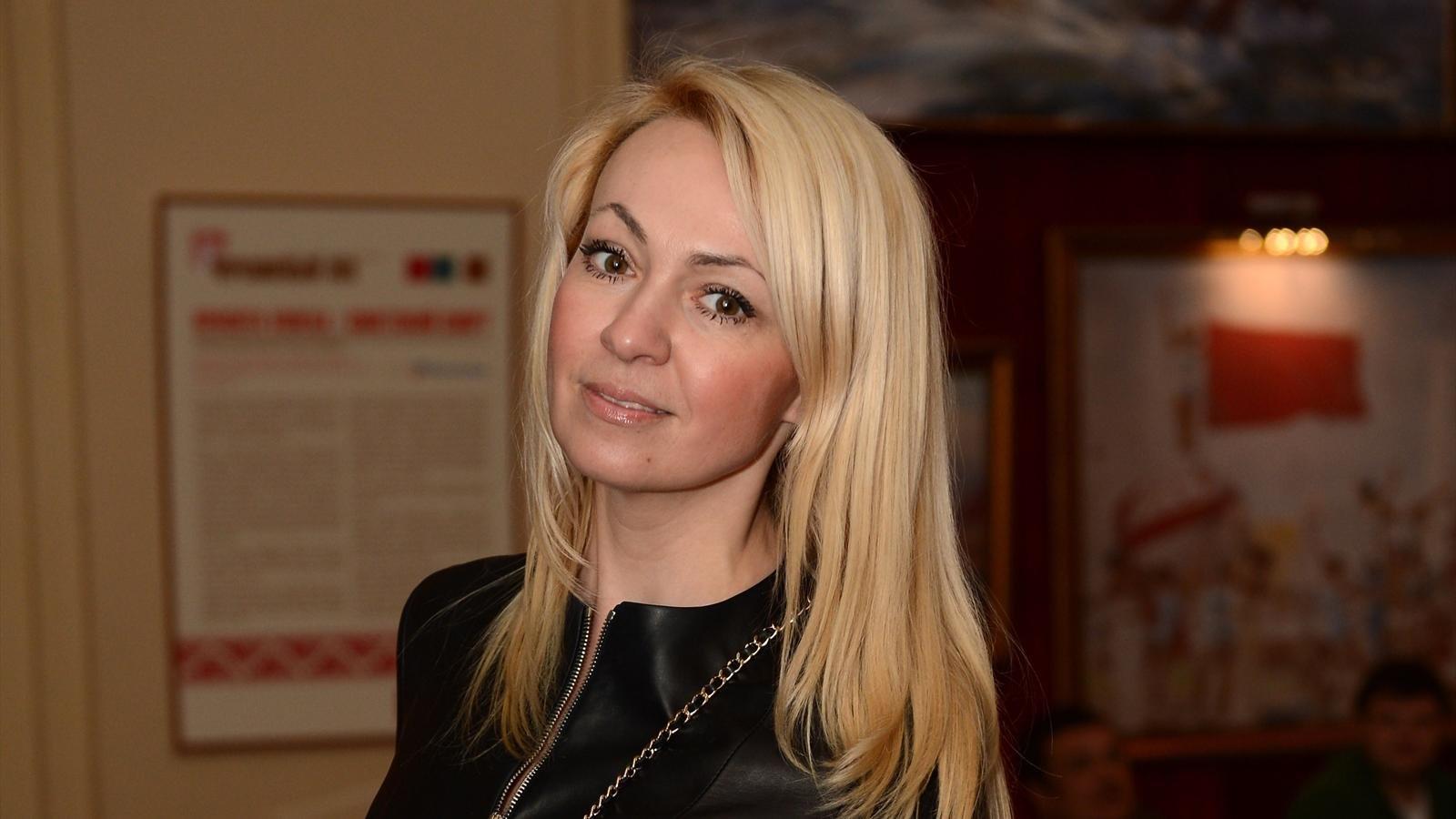 Яна Рудковская утерла нос завистникам ипоказала по-настоящему длиннющие ноги