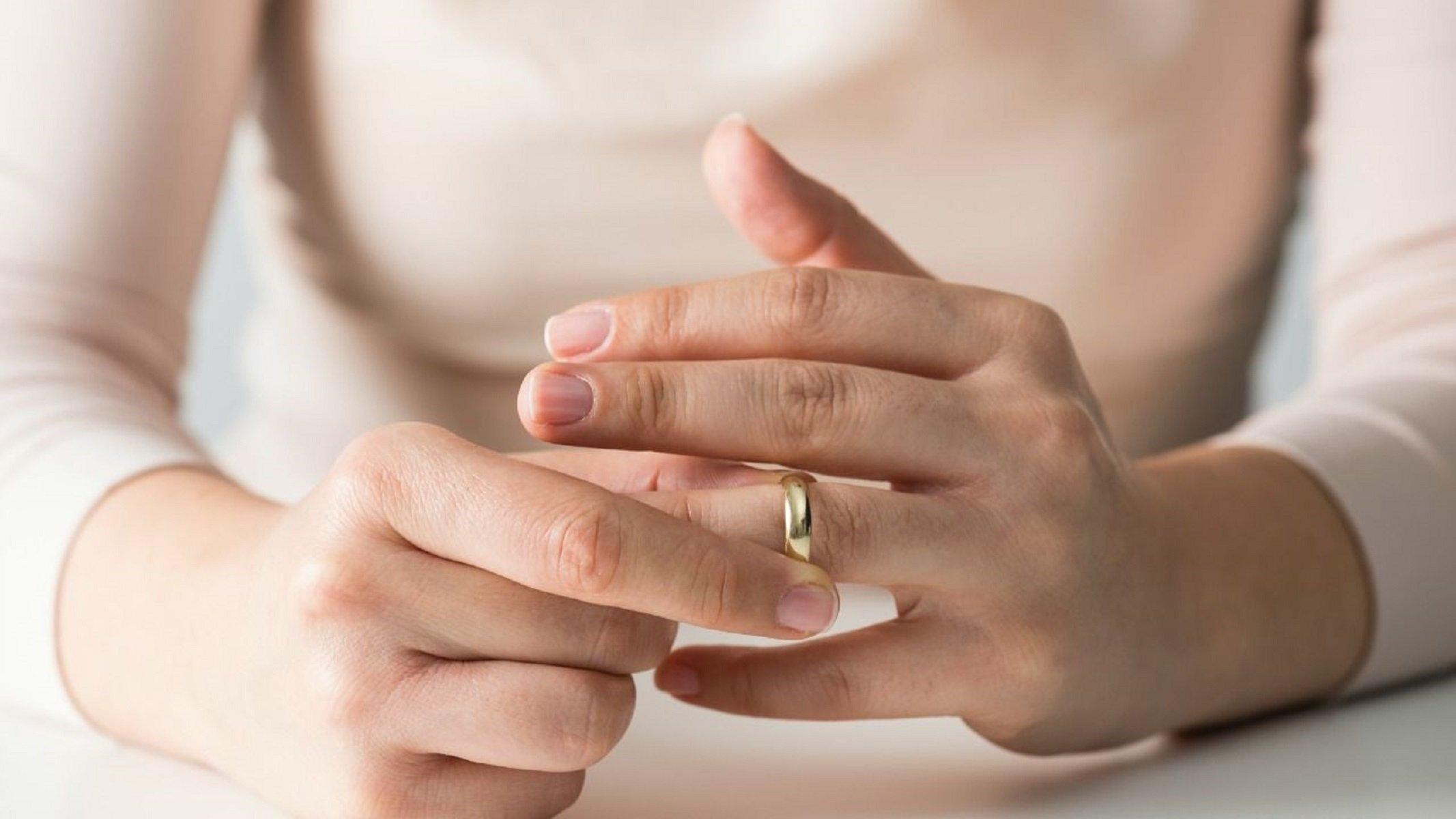Потеря обручального кольца: катастрофа или пустяк?