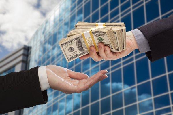 Почему банки не дают кредит Названы три главные ошибки заемщиков