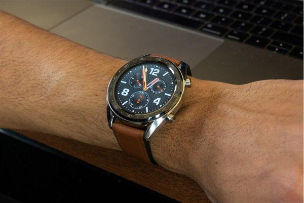 Huawei выпустит умные наручные часы Mate Watch