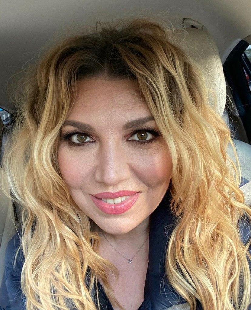 Екатерина Скулкина выбрала карьеру в ущерб маленькому сыну thumbnail