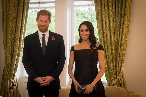 Принц Гарри и его жена помогли заключенным в пекарне