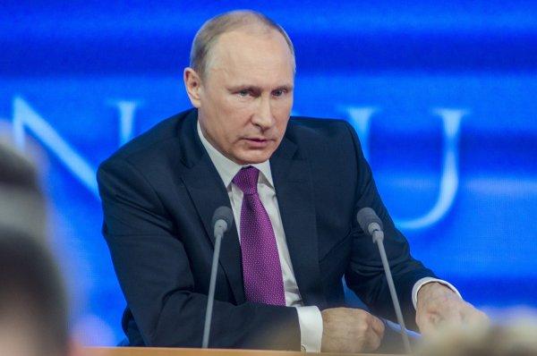 Владимир Путин сдаёт тесты на COVID-19 раз в 3-4 дня