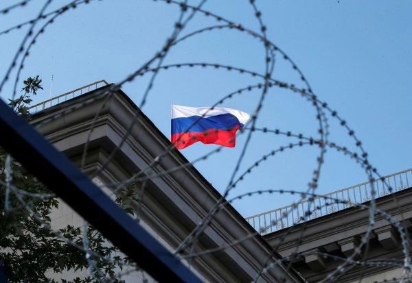 Рубль ослаб на фоне резкого заявления Меркель об отравлении Навального